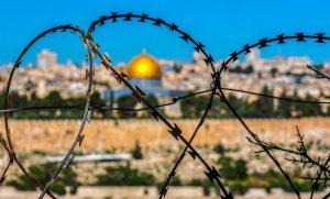 האם מדינת ישראל קמה בזכות השואה?